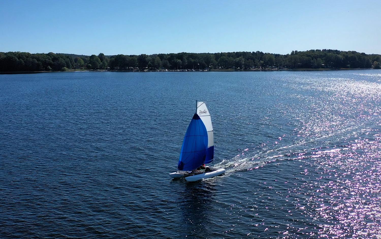 Inflatable sailing catamaran Ducky16