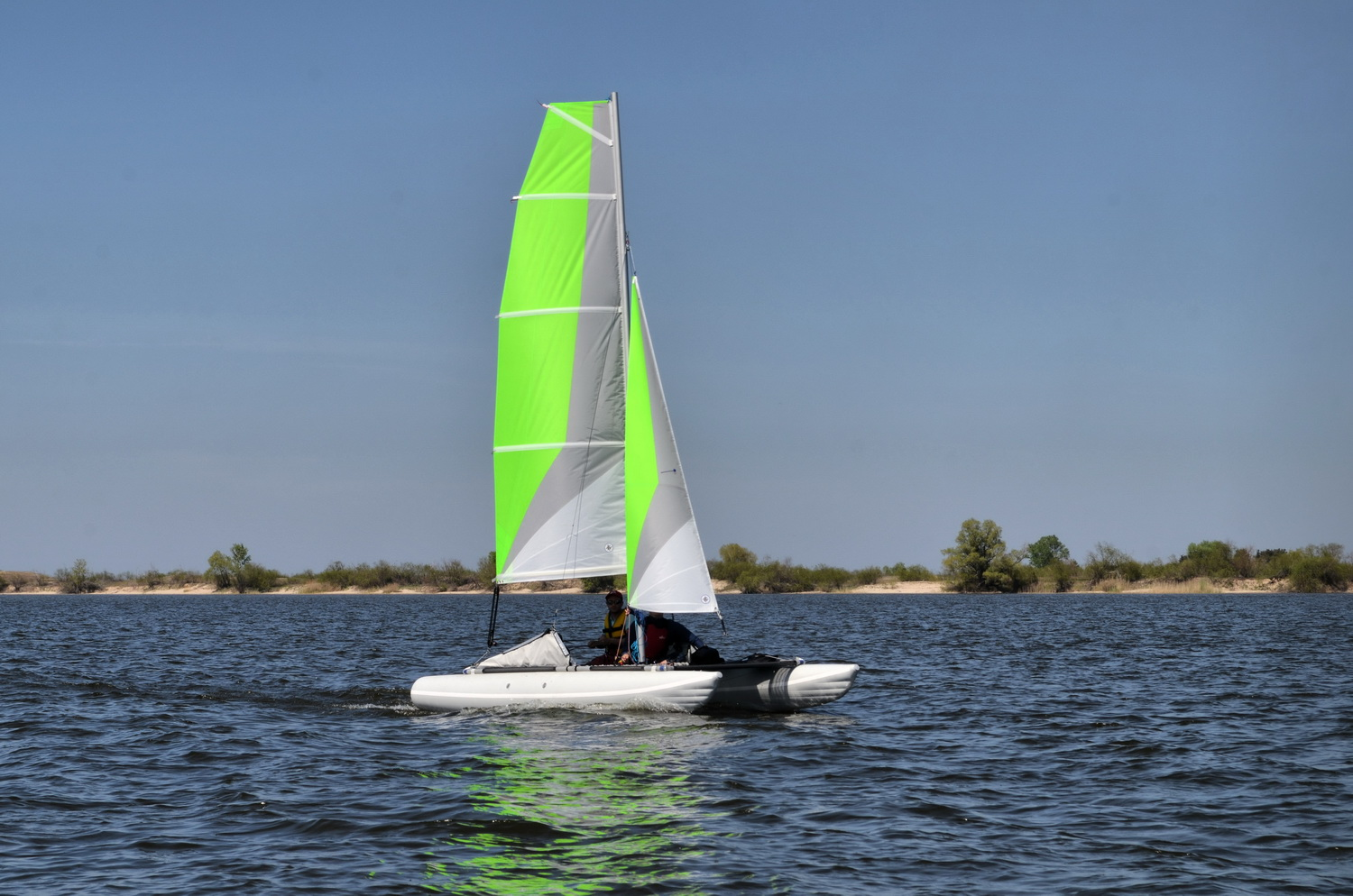 Inflatable sailing catamaran Ducky16