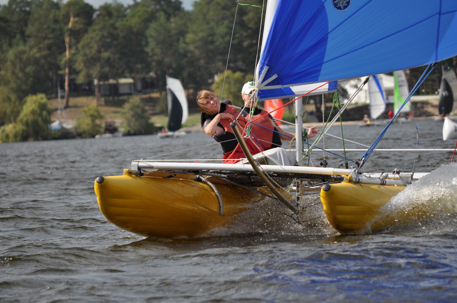 Inflatable sailing catamaran Ducky17